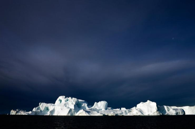 Icebergs 4 Camille Seaman